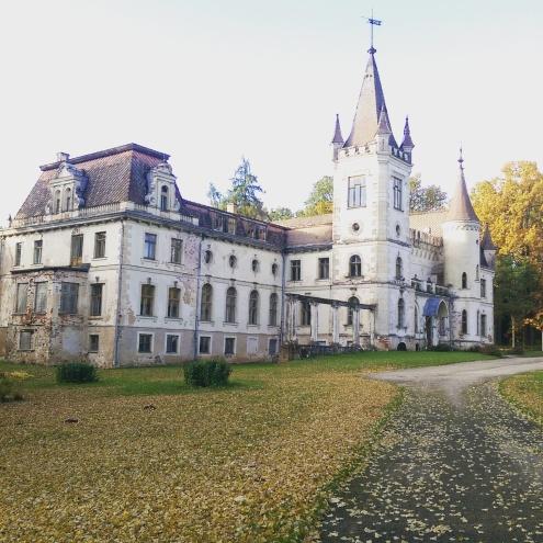 Stameriena_palace_3.jpg